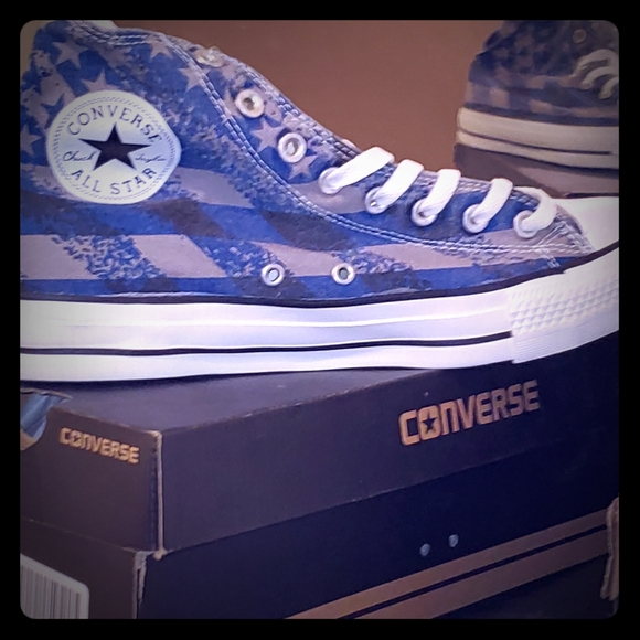 Converse Other - Men's converse sneakers New in box